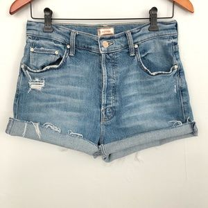 MOTHER   The Tomcat Ankle Jean Shorts Size 29